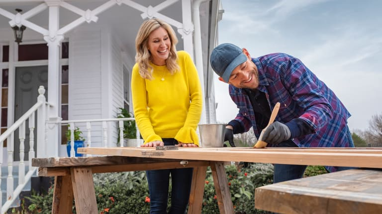 Fixer To Fabulous Cancelled Or Season 2 Renewal Hgtv Status Release Date Tv Cancel Renew